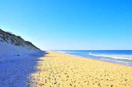 South Wellfleet Cape Cod vacation rental - Looking North along Lecount Hollow Beach