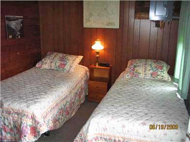 Bourne (Pocasset) Pocasset vacation rental - One of 3  twin bedrooms