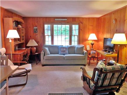 Chatham Cape Cod vacation rental - Comforable Den (flat screen tv, bay window)