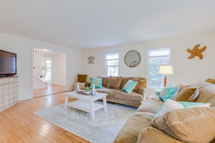 Eastham Cape Cod vacation rental - Living room with HDTV, cable and Netflix
