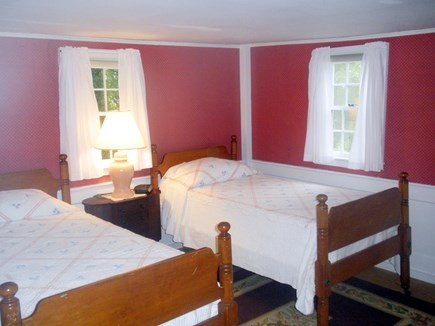 Harwich Port Cape Cod vacation rental - Bedroom with two twin beds