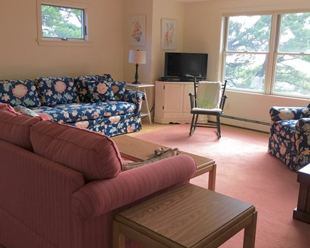 Wellfleet Cape Cod vacation rental - Living room - second floor