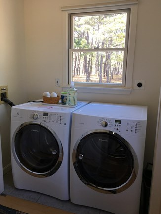 Wellfleet Cape Cod vacation rental - Laundry area