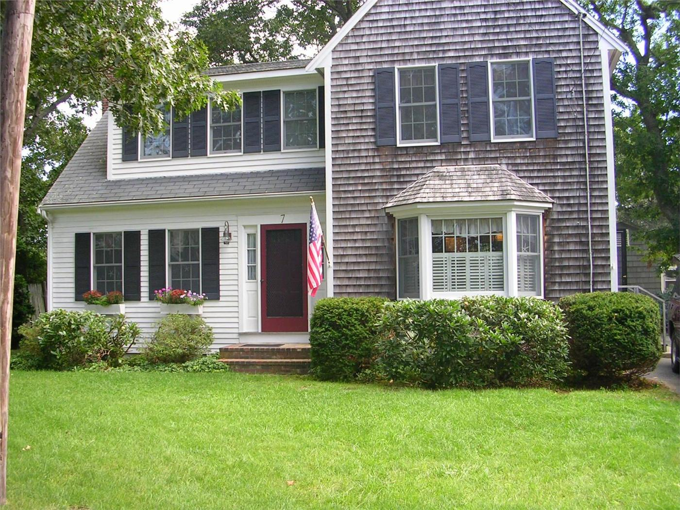 Harwich Vacation Rental home in Cape Cod MA 02646, 200 yards to Atlantic  Ave. Beach | ID 10772