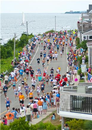 East Falmouth Cape Cod vacation rental - Falmouth road race: From Woods Hole- finishes at Falmouth Heights