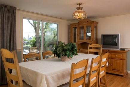 Dennis Port Cape Cod vacation rental - dining area