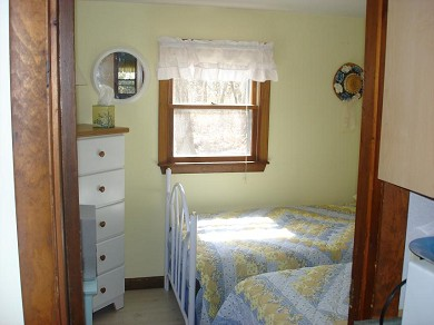 Mashpee, Monomoscoy - steps to water Cape Cod vacation rental - Second Bedroom