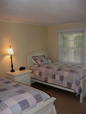 Osterville Osterville vacation rental - Bedoom with twin beds