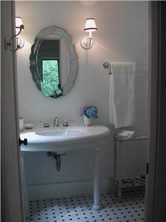 Wellfleet--Ocean Side Cape Cod vacation rental - An inviting master bath