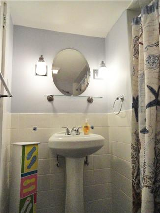 Dennisport Cape Cod vacation rental - Another view of the full bathroom