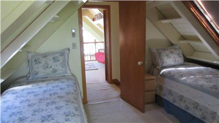 Plymouth MA vacation rental - Upstairs twin bedroom