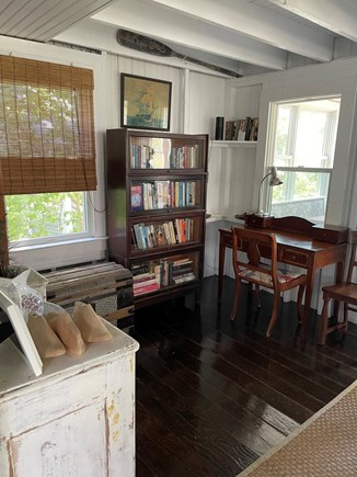 Provincetown, East End Cape Cod vacation rental - Writing area and lots of books!