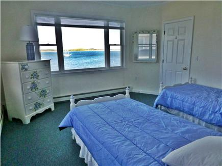 Bourne, Monument  Beach Cape Cod vacation rental - A great bedroom for the kids