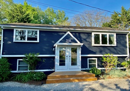 Provincetown Cape Cod vacation rental - Front entry