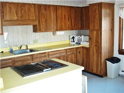 Centerville, Craigville Beach Centerville vacation rental - Kitchen stove and counter