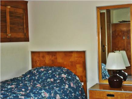 Centerville, Craigville Beach Centerville vacation rental - Upstairs bedroom with 2 twin beds