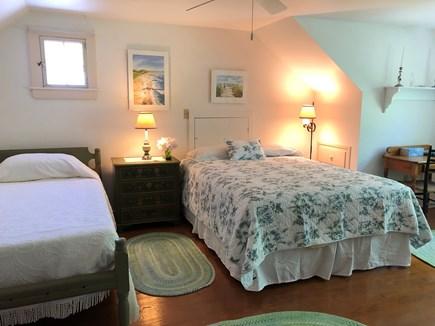 Centerville, Bordering West Hyannisport  Centerville vacation rental - 2nd floor north bedroom