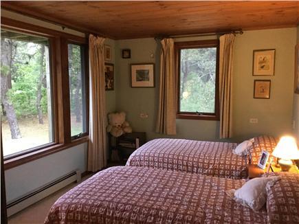 Truro Cape Cod vacation rental - 1st floor twin bedroom.