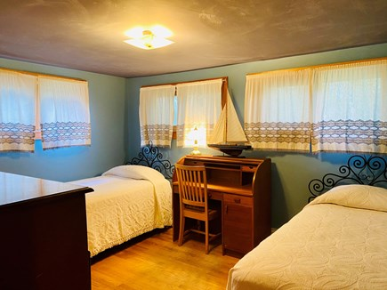 Dennis Cape Cod vacation rental - Upstairs twin beds