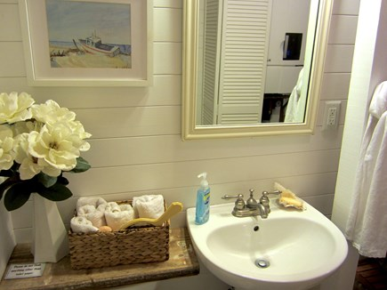 Brewster, Blueberry Pond Cape Cod vacation rental - First floor half bath/utility room.