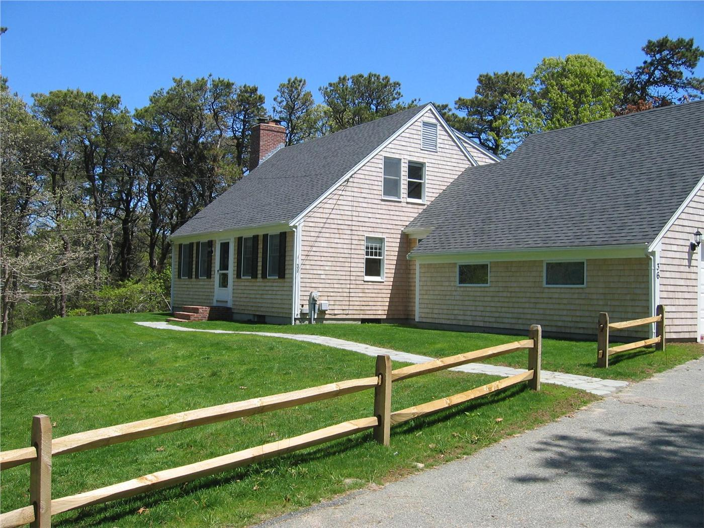 Chatham vacation rental home in cape cod ma 02650 3 10 for Cabin rentals in cape cod ma