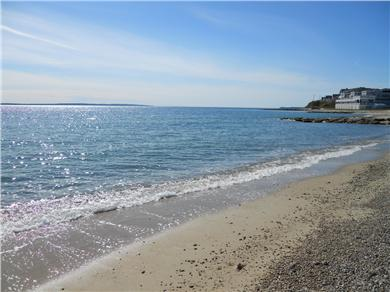 Falmouth, Maravista / Bristol Beach Cape Cod vacation rental - A short walk from Heights Beach