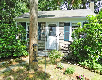 East Orleans Cape Cod vacation rental - Cozy cottage with private patio