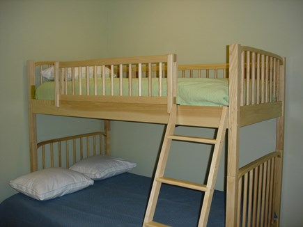 Eastham Cape Cod vacation rental - Twin-over-full bunkbeds