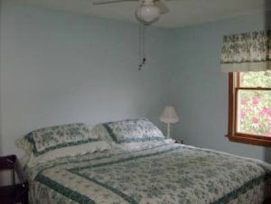 Falmouth, New Silver Beach Cape Cod vacation rental - Master Bedroom (king bed)