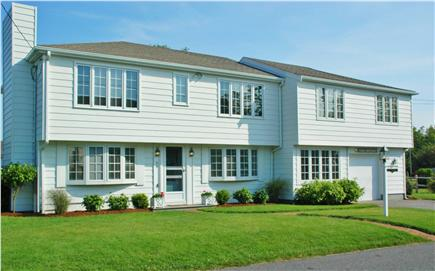 Barnstable Village Cape Cod vacation rental - Your beachside retreat ~~  Welcome to ''Casa Contenta''!