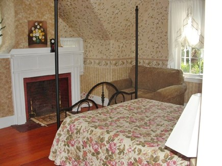 Plymouth MA vacation rental - Queen bed with studio couch and fireplace