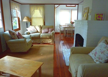 Falmouth, Old Silver Beach Cape Cod vacation rental - Afternoon serenity in the Living Room, with A/C