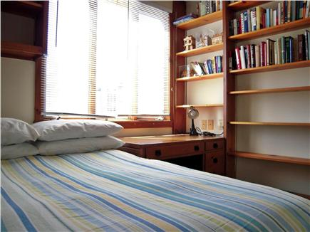 Chatham Harbor, Chatham Town Cape Cod vacation rental - BR#7 1 Double bed