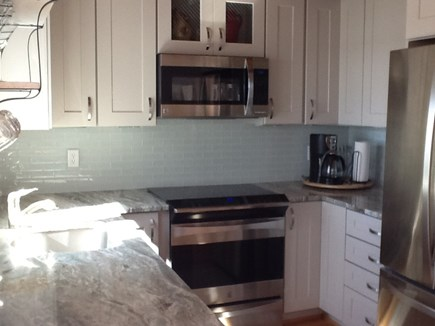 Falmouth, Waquoit Bay Cape Cod vacation rental - Pretty new beachy kitchen