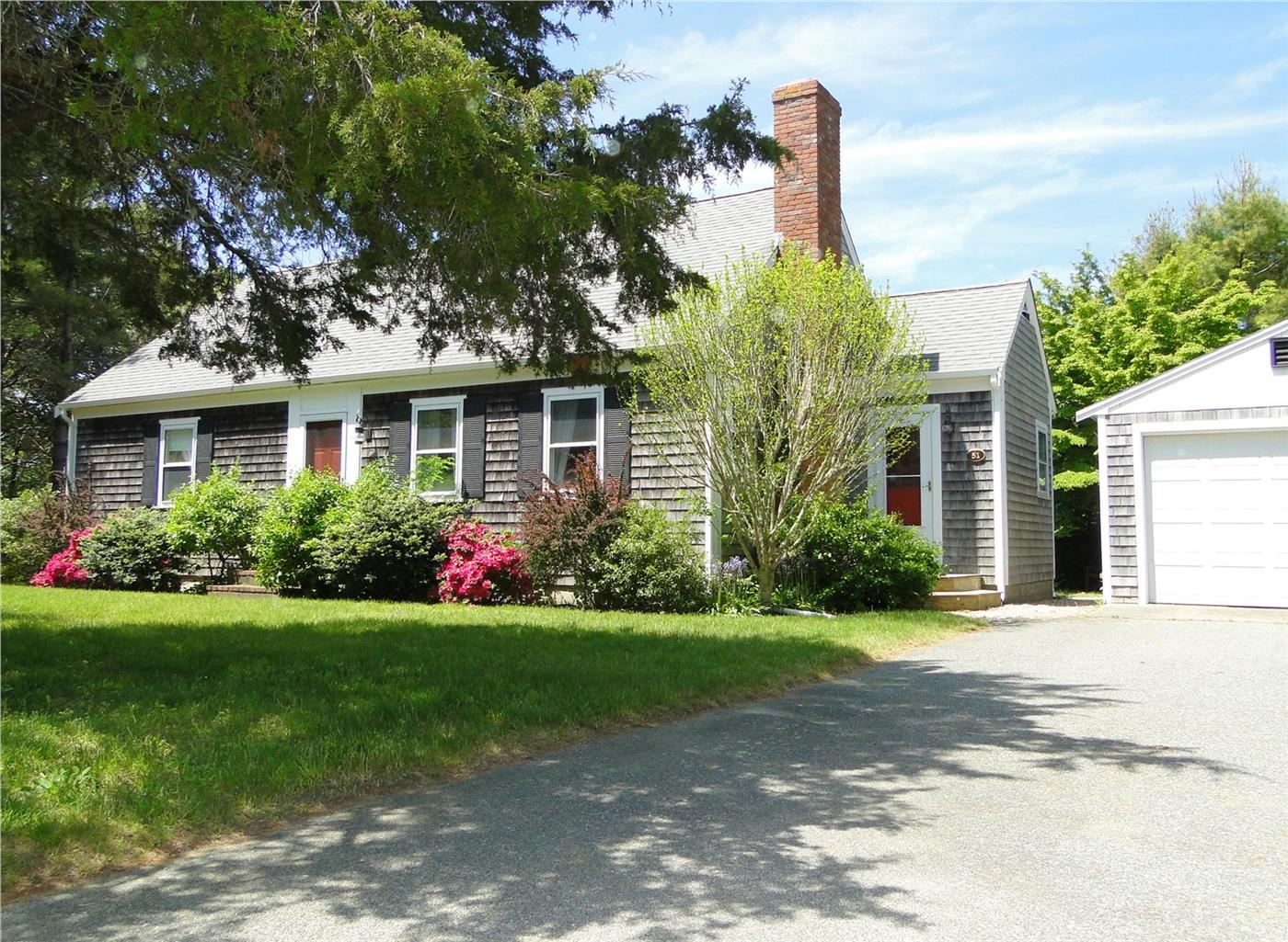 Chatham vacation rental home in cape cod ma 02633 1 2 for Cabin rentals in cape cod ma