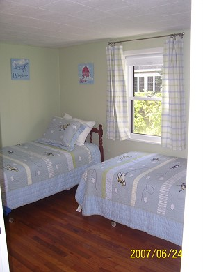Falmouth Heights Cape Cod vacation rental - Bedroom #2 twin beds downstairs