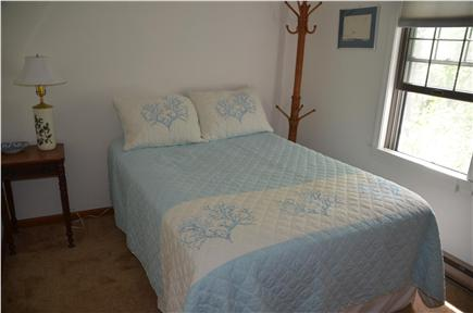 Wellfleet Cape Cod vacation rental - Full size bed