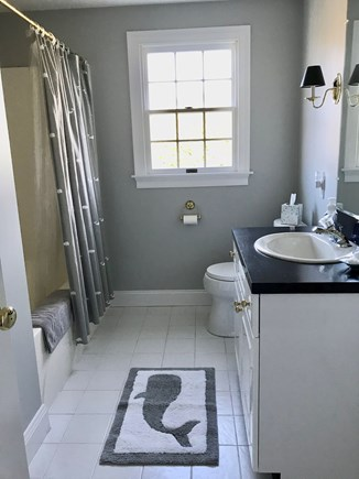 Chatham Cape Cod vacation rental - Upstairs full bath