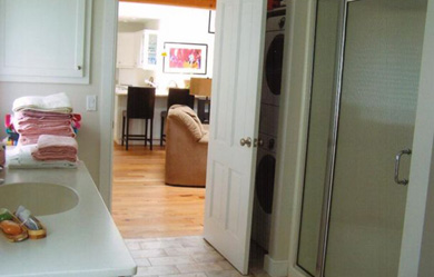 Chatham Cape Cod vacation rental - Lg Full Bath/Mudroom with washer/dryer&door to outdoor shower