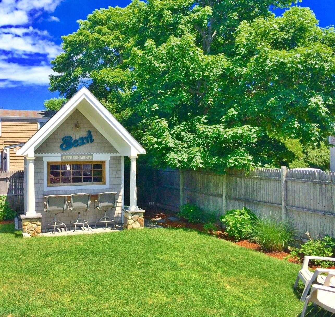 Hyannis Vacation Rental Home In Cape Cod MA 02601, 4/10 Mi