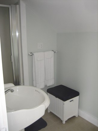 Wellfleet Cape Cod vacation rental - Full Bath off the Master Suite