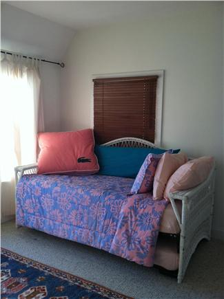 Onset MA vacation rental - Master- day bed ( 2 twins)