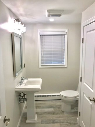Dennisport Cape Cod vacation rental - 1st Floor Powder Room