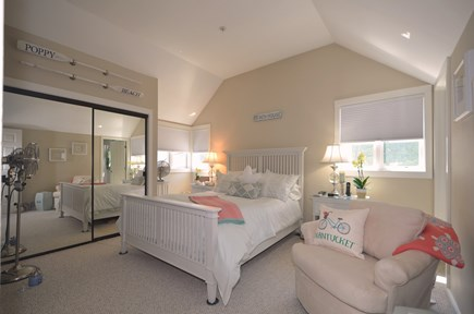 New Seabury, Mashpee New Seabury vacation rental - Upper level Master Bedroom with private full bath.