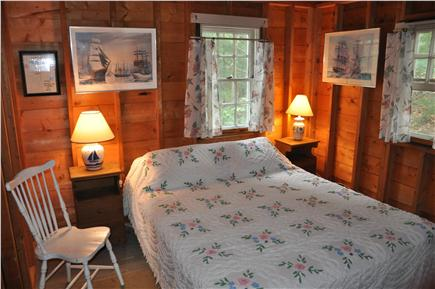 Wellfleet Cape Cod vacation rental - Queen bedroom