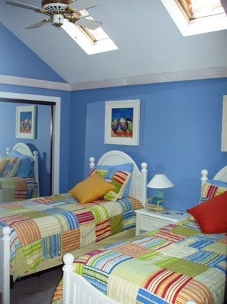 New Seabury New Seabury vacation rental - Twin bedroom with skylights and ceiling fan