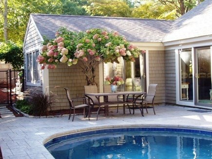 New Seabury New Seabury vacation rental - Dine out by the pool