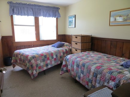 Centerville Centerville vacation rental - Twin beds in second bedroom