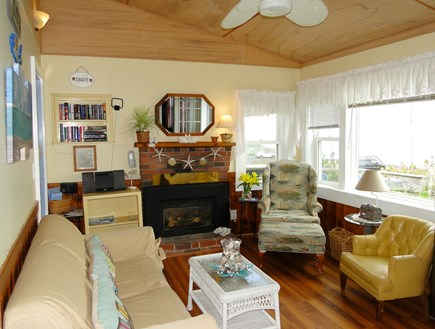 Dennis Port Sea Street Beach Cape Cod vacation rental - Vaulted living room with ceiling fan and dA/C