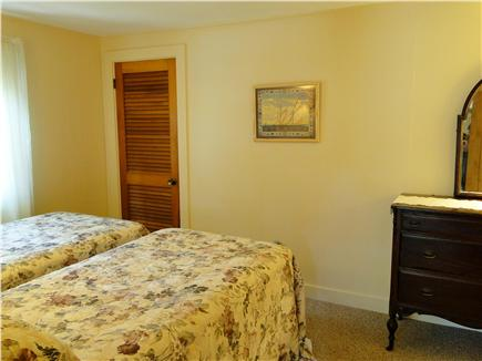 West Yarmouth crowell and seag Cape Cod vacation rental - Twin  bedroom